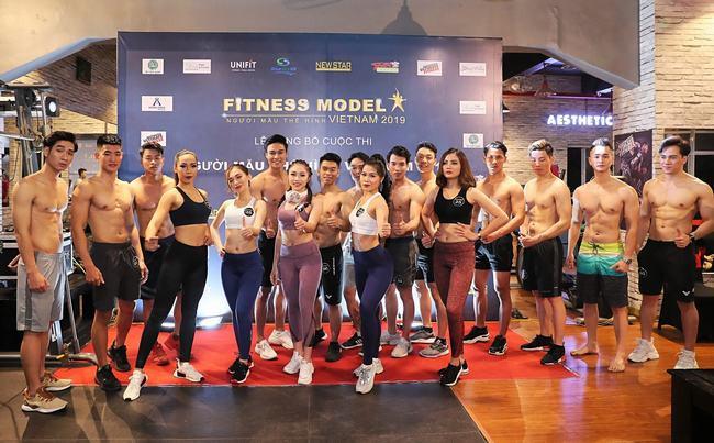 Hotgirl Fitness Tra Li xứng danh bà bầu sexy nhất nhì showbiz
