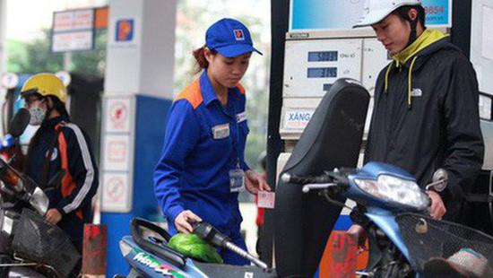 Giá xăng tăng mạnh, Bộ Công Thương nói gì?