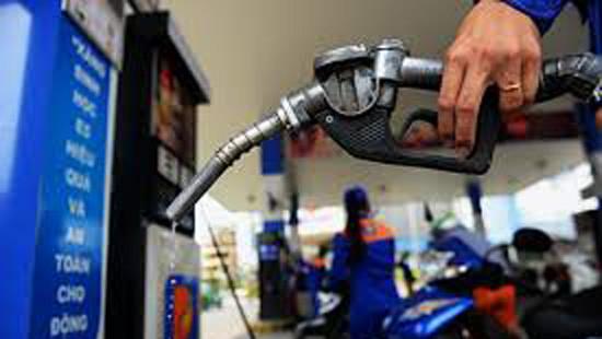 Giá xăng tăng mạnh trong kỳ điều hành tháng 4