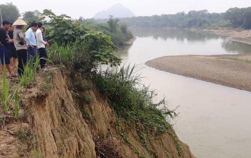 Tắm sông 2 học sinh đuối nước thương tâm