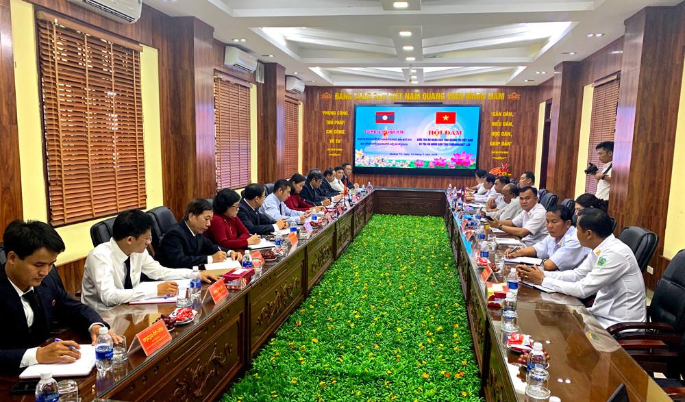 Hội đàm trao đổi kinh nghiệm giữa TAND tỉnh Quảng Trị và TAND tỉnh Savannakhet