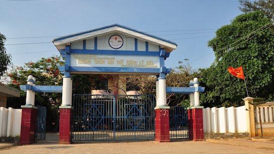 Quảng Ngãi: Chuyển địa điểm thi THPT quốc gia vì trường học xuống cấp