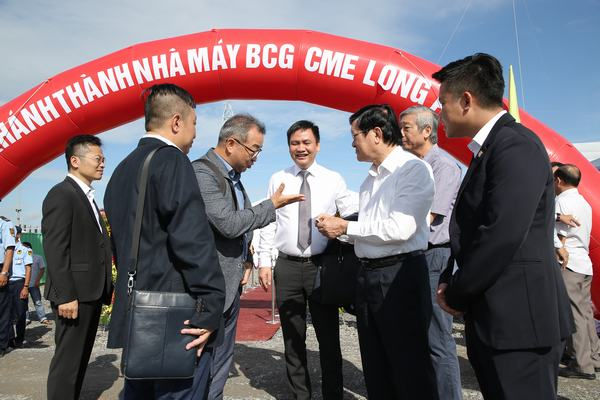 Quỹ Đầu tư Vietnam-Oman (VOI) khánh thành nhà máy điện mặt trời trên 1.000 tỉ đồng ở Long An