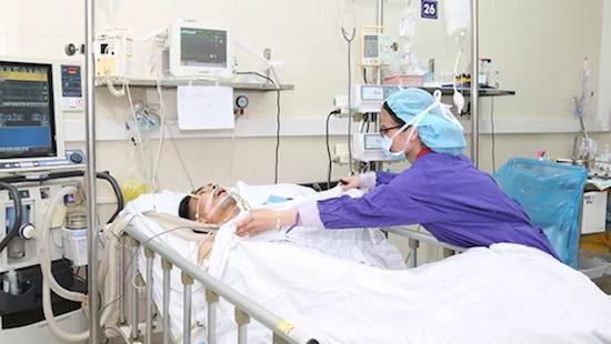 Cùng lúc lấy 6 tạng từ người hiến chết não ghép cho 5 bệnh nhân