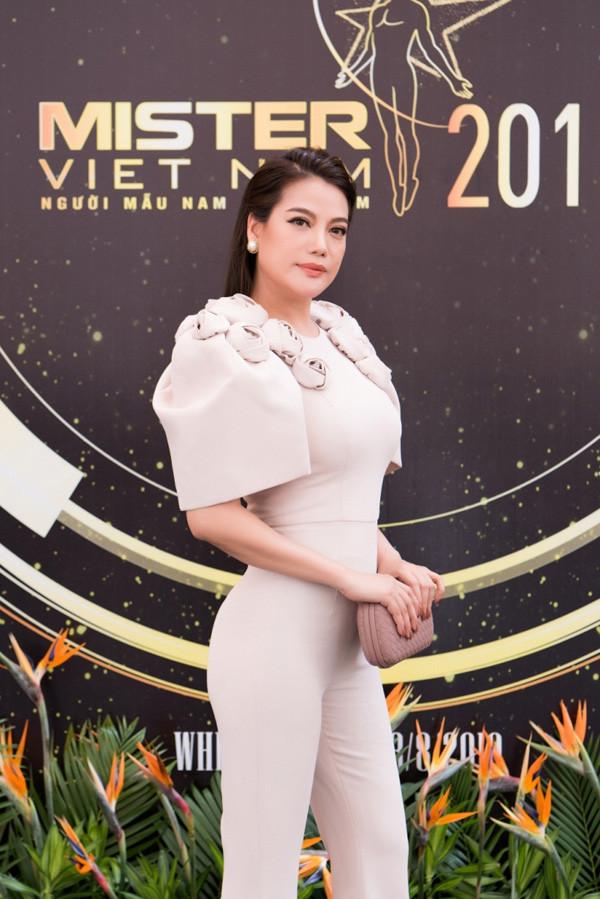 """5 chàng trai """"Mister Việt Nam 2019"""" lọt vào mắt xanh của Trương Ngọc Ánh"""