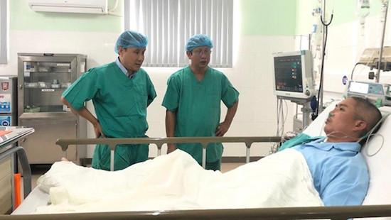 """Bệnh nhân hồi phục """"thần tốc"""" sau ca ghép tim xuyên Việt"""