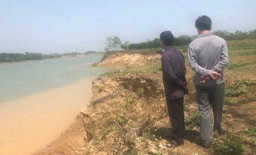Người dân bị đe dọa vì tố cáo khai thác cát trái phép