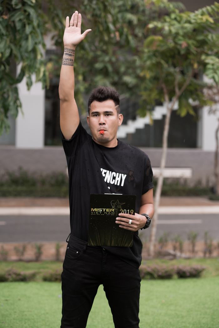 Phan Thanh Bình hài lòng khi chọn được trai đẹp Mister Việt Nam khoẻ, năng động