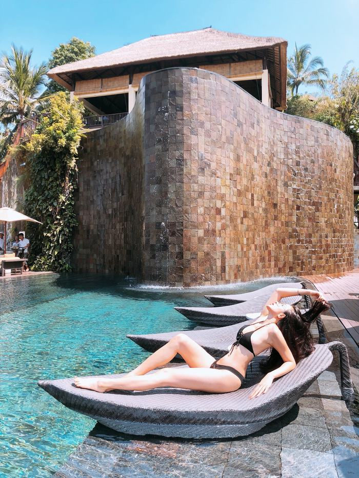 Yaya Trương Nhi lăng xê mốt bikini đan dây nóng rực tại Bali