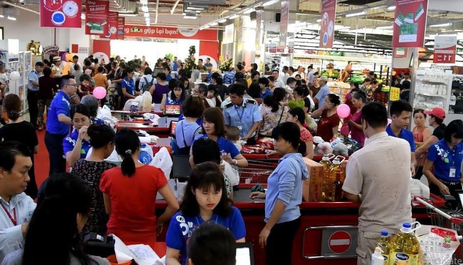 Co.opmart tại Hà Nội khuyến mãi lớn thu hút hàng trăm ngàn lượt khách đến mua sắm