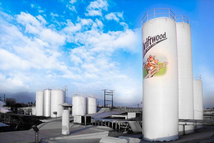 """Siêu nhà máy sữa Vinamilk """"ghi điểm"""" với đoàn công tác của Bộ Nông Nghiệp Mỹ"""