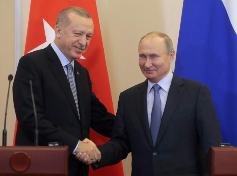 """Erdogan ký """"thỏa thuận lịch sử"""" với Putin về Syria"""