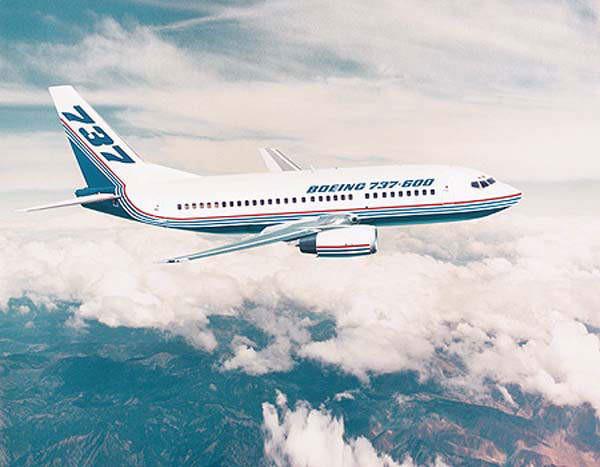 Boeing xác nhận có tới 50 chiếc máy bay phải dừng bay trên toàn cầu vì các vết nứt