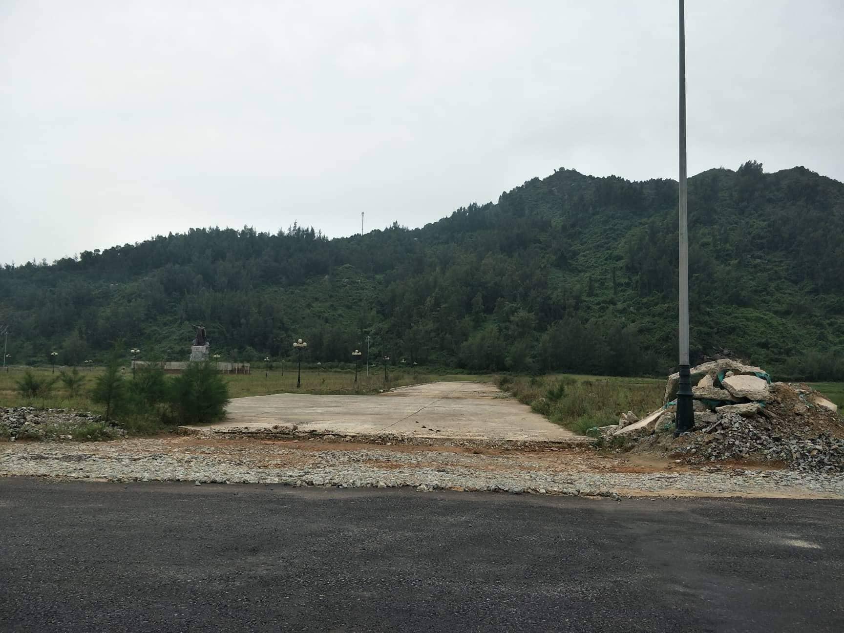Hà Tĩnh: Dự án quảng trường dở dang, gây lãng phí hàng chục tỷ đồng
