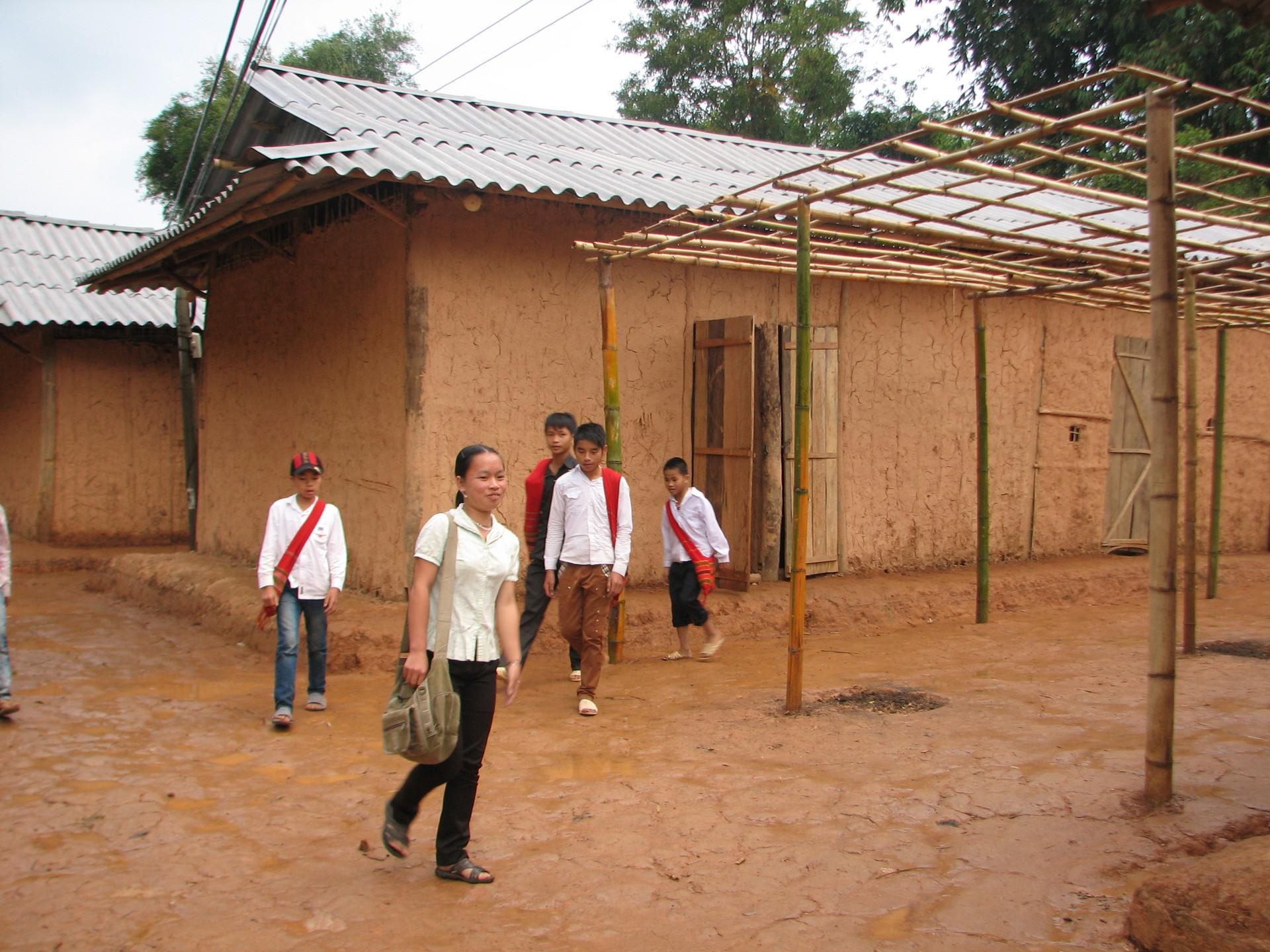Kỷ niệm Ngày Nhà giáo Việt Nam 20/11: Thắp sáng vùng cao