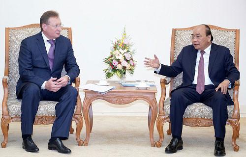 Thủ tướng tiếp Đại sứ Vương quốc Thái Lan và Giám đốc Công ty Zarubezhneft (LB Nga)