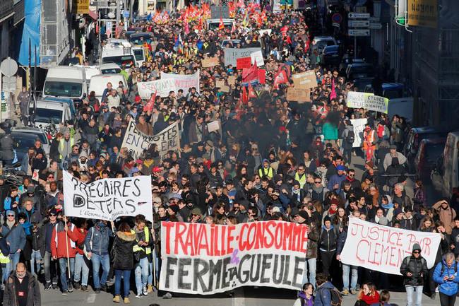 Pháp: Công đoàn cắt điện để phản đối kế hoạch cải cách lương hưu