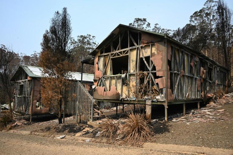 Dự báo mưa mang đến hy vọng trong cuộc chiến cháy rừng ở Úc