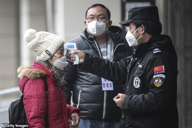 Lo ngại lây lan virus corona, Trung Quốc hủy chiếu phim Tết