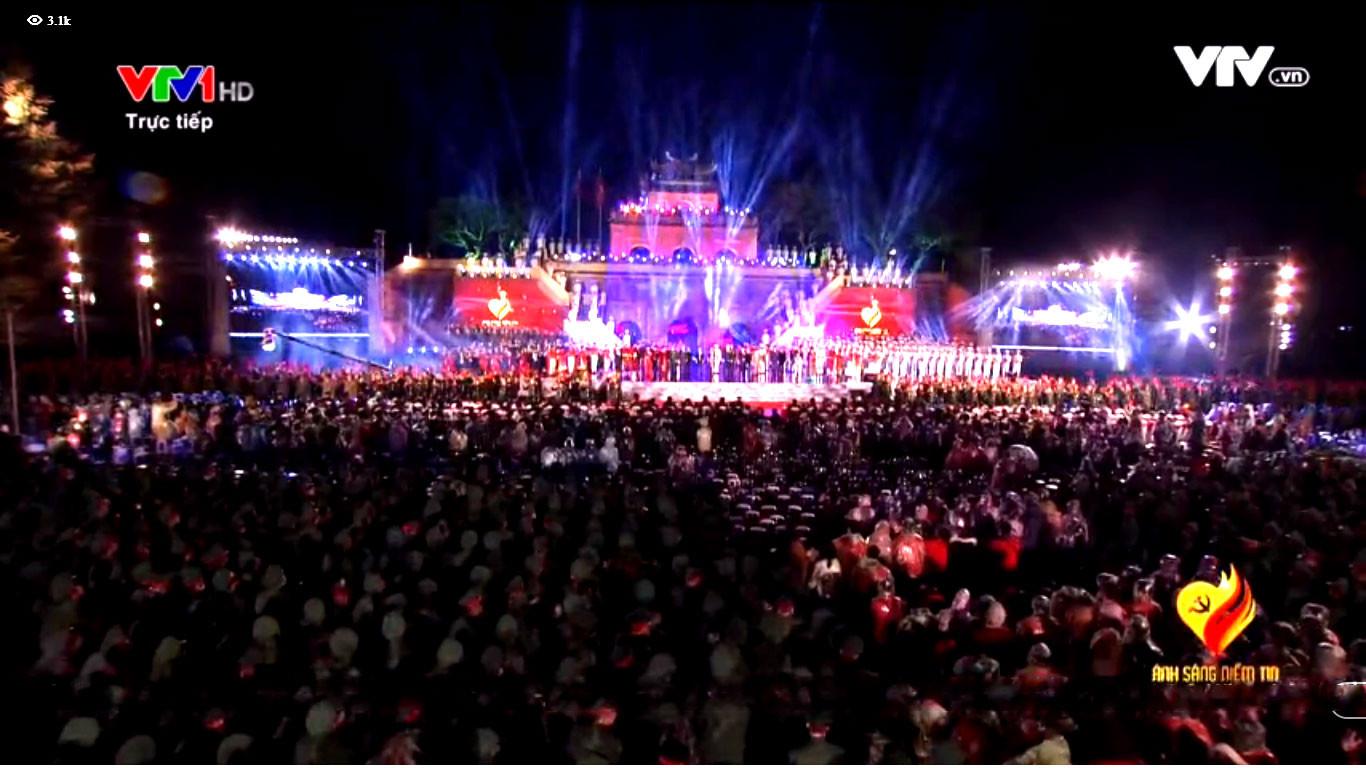 Cầu truyền hình trực tiếp Chương trình 'Ánh sáng niềm tin' kỷ niệm 90 năm Ngày thành lập Đảng