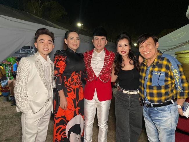 Ca sĩ Trung Quang bị hủy 9 show diễn vì dịch bệnh Corona