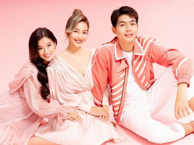 """Quốc Anh, Khả Ngân và Hoàng Yến Chibi vẫn tình """"bể bình"""" trong bộ ảnh mừng Valentine"""