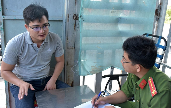 Phát hiện cơ sở sản xuất thuốc thủy sản giả quy lớn ở Bạc Liêu