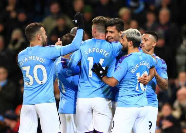 Phản ứng của dàn sao Man City trước tin sét đánh từ UEFA