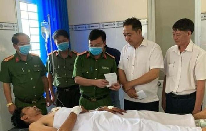 Bộ trưởng Tô Lâm gửi Thư khen Công an viên dũng cảm bắt trộm