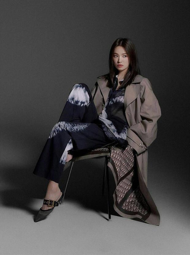Phá bỏ nhà tân hôn, Song Joong Ki chi 2,88 triệu USD mua nhà ở Hawaii