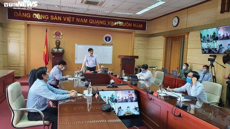 Bệnh viện Bạch Mai xin