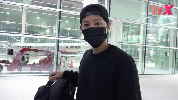 Kim Woo Bin và sao Hàn quay trở lại phim trường sau đợt cách ly vì đại dịch Covid-19