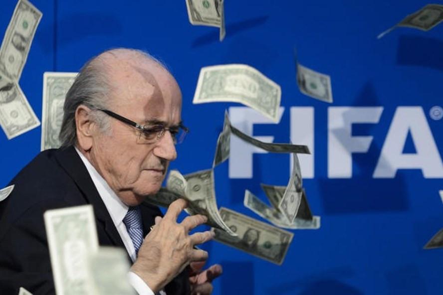 Qatar hối lộ hàng loạt quan chức FIFA để làm chủ nhà World Cup 2022