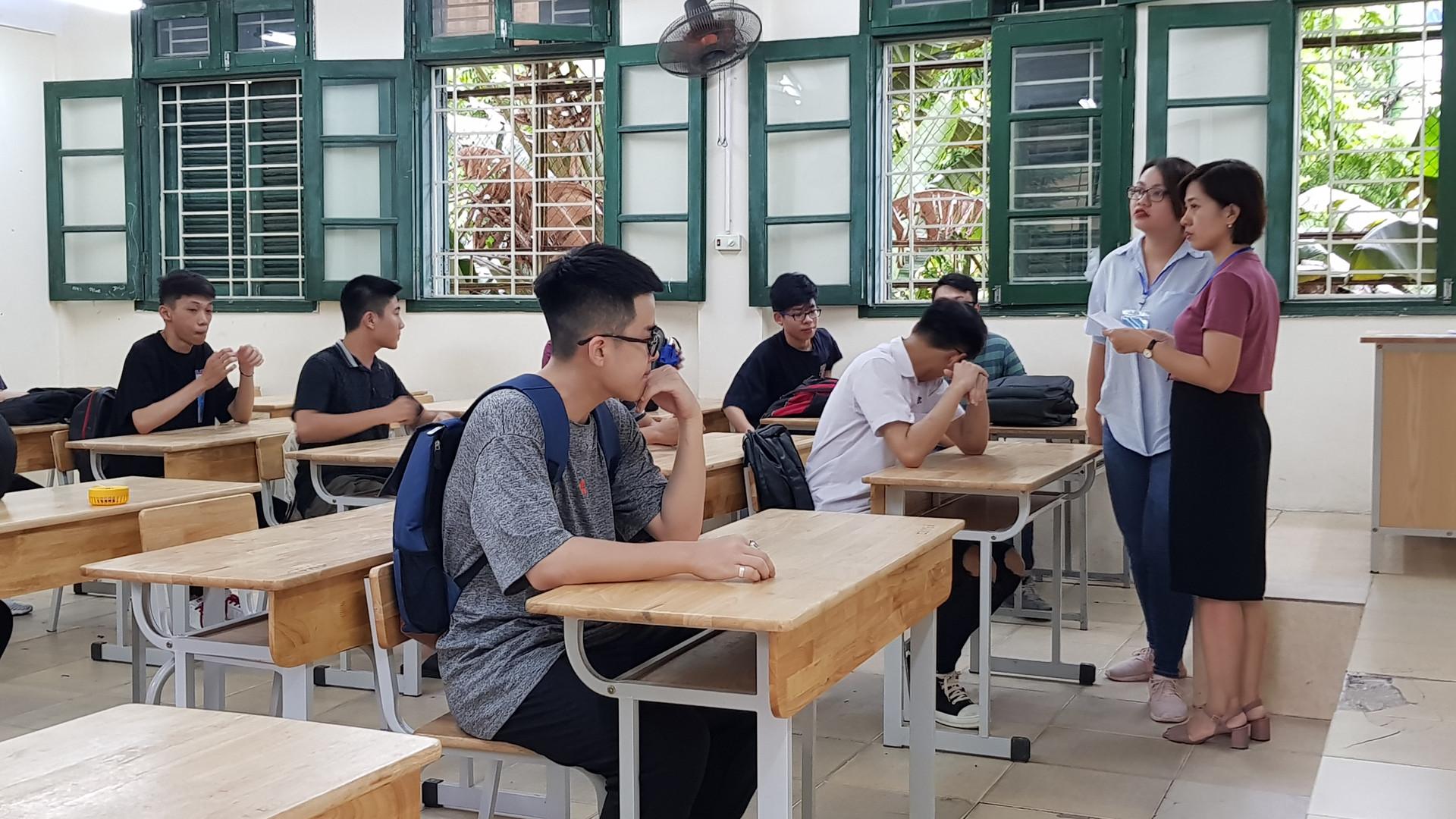 Tuyển sinh vào lớp 10: Hà Nội không còn thi môn thứ 4