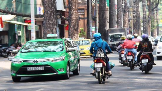 TP.HCM tiếp tục dừng hoạt động xe taxi, xe hợp đồng, xe khách liên tỉnh
