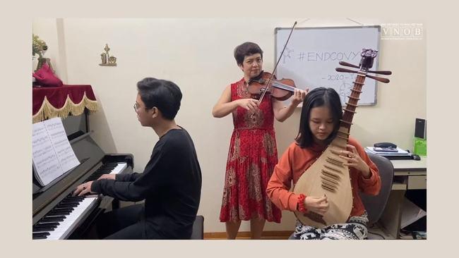 1 ngày cùng các nghệ sĩ Nhà hát Nhạc Vũ kịch Việt Nam