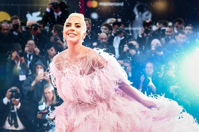 Lady Gaga chính thức hợp tác với Black Pink trong album Chromatica