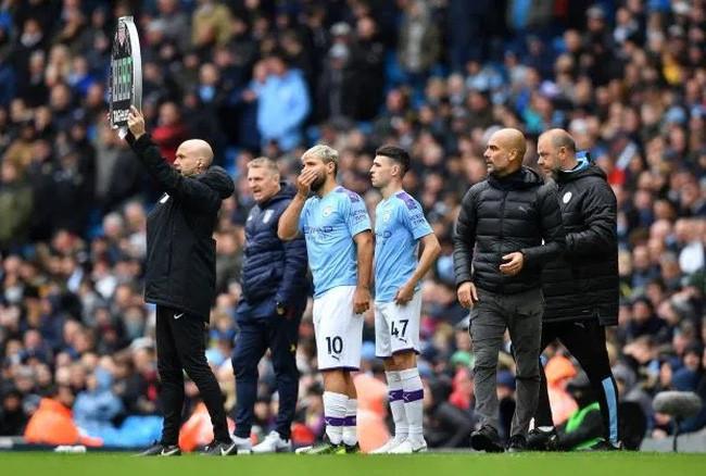 Premier League điều chỉnh luật khi các trận đấu trở lại sau Covid-19