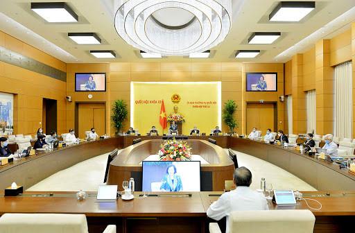 Phiên họp thứ 45 UBTVQH: Tiếp tục cho ý kiến về chính sách-tài chính đặc thù đối với Hà Nội