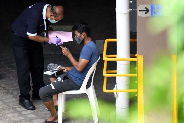 Singapore lên kế hoạch xét nghiệm Covid-19 cho tất cả ký túc xá của người di cư