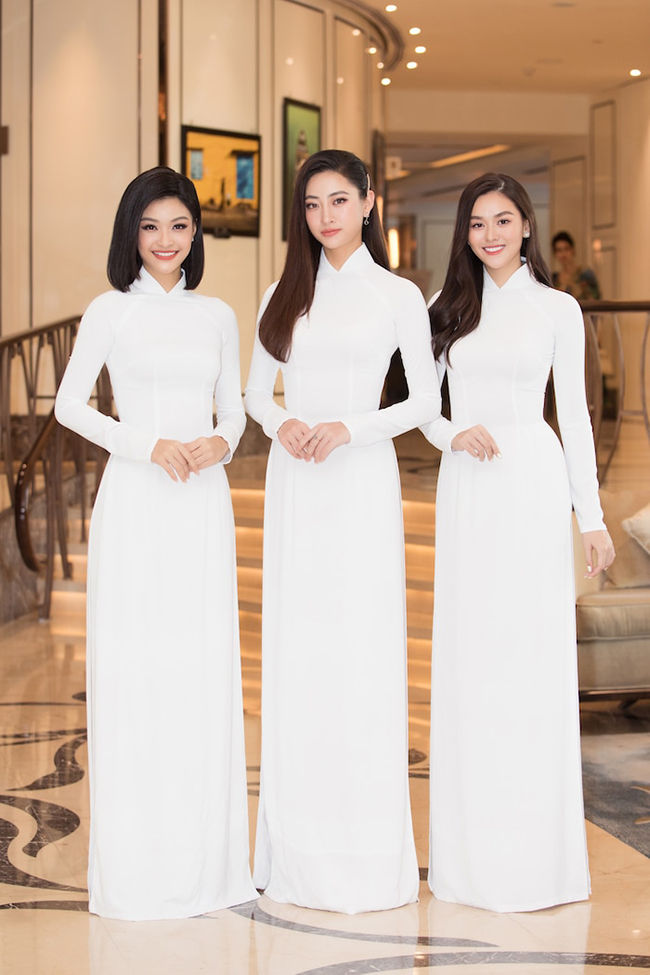 Hoa hậu Việt Nam 2020: Mỹ Linh, Tiểu Vy, Thuỳ Linh cùng dàn hậu đồng loạt diện áo dài trắng