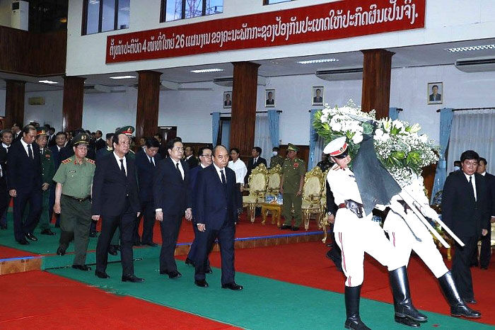 Thủ tướng Nguyễn Xuân Phúc dự Quốc tang nguyên Thủ tướng Chính phủ Lào