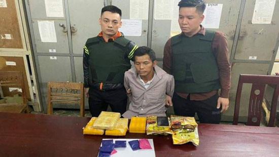 Nghệ An: Bắt đối tượng mang số lượng lớn ma túy
