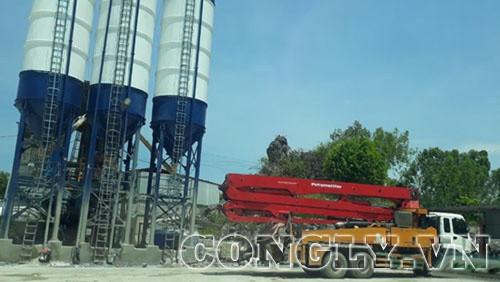 TX Hoàng Mai – Nghệ An: Trạm trộn bê tông trái phép ngang nhiên hoạt động