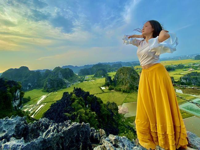 Từ đỉnh tới chân Hang Múa, mùa lúa vàng đẹp đến nao lòng