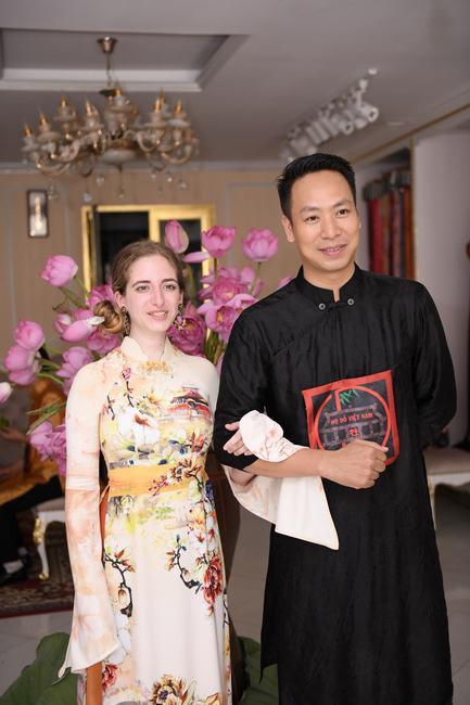 NTK Đỗ Trịnh Hoài Nam: Gã lãng tử chinh phục hoa sen chiều lòng phụ nữ