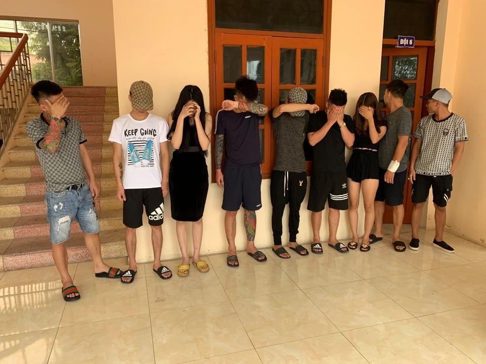 Bắt quả tang nhóm nam nữ sử dụng ma túy tại quán Karaoke