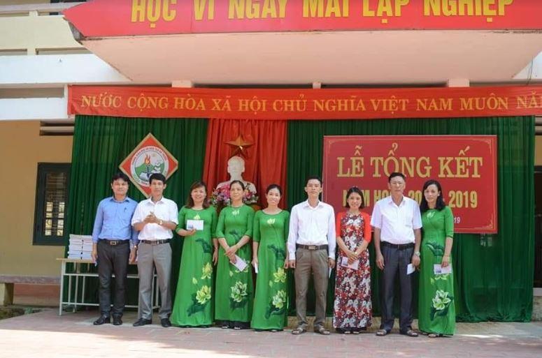 Trường THCS Hà Sơn: Đổi mới công tác quản lý, nâng cao chất lượng giáo dục toàn diện