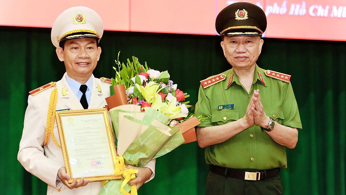 Chủ tịch nước quyết định thăng cấp hàm Thiếu tướng cho đại tá Đinh Thanh Nhàn
