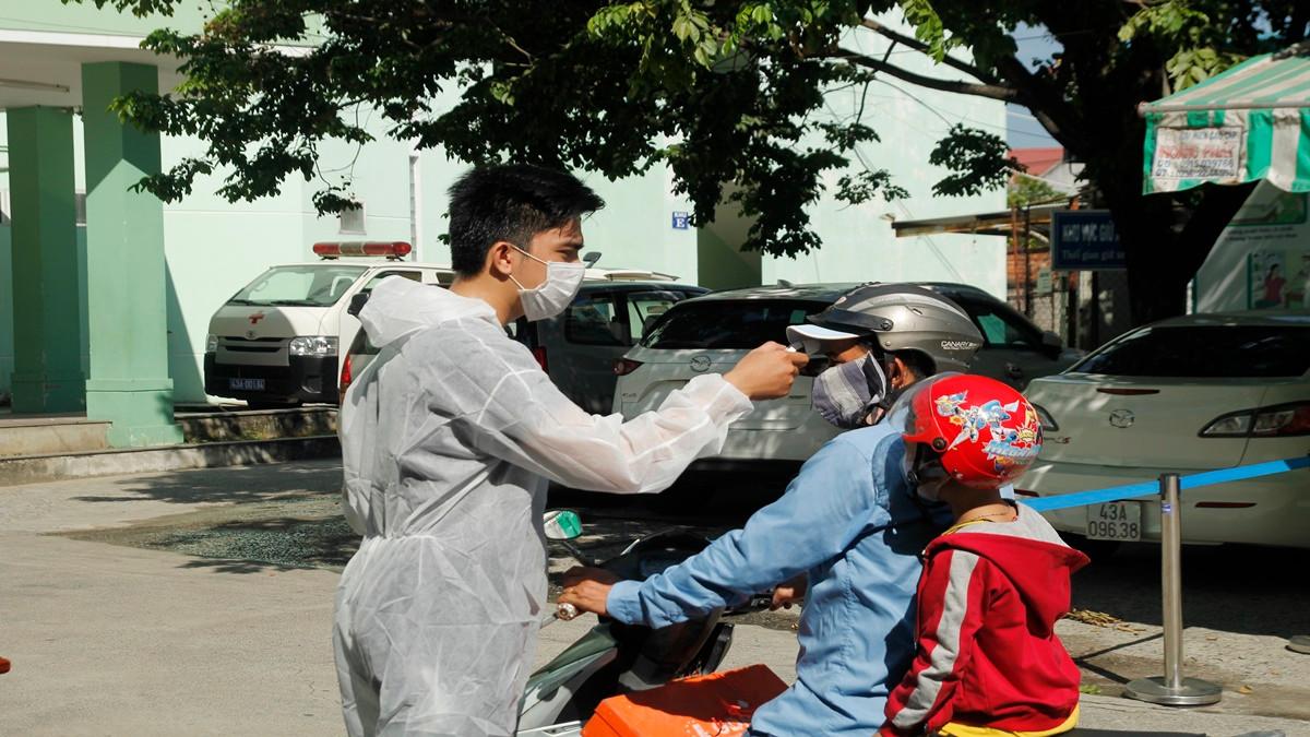 Đà Nẵng:  Khẩn trương xây dựng Bệnh viện dã chiến tại Cung thể thao Tiên Sơn
